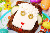 Easter sandwich with sheep head for child — Stok fotoğraf