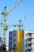 Building new block of flats — Stock Photo