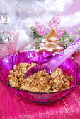 Christmas noodles with poppy seeds and raisins — ストック写真