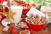 Milk and cookies for santa — Stockfoto