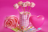 Pink marshmallow pops for valentine — Stock Photo
