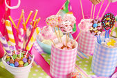 Birthday party table with marshmallow pops and other sweets for — Foto de Stock