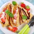 Pancakes with cottage cheese and fresh strawberries — Stock Photo #46675097