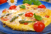 Frittata with green asparagus,ham and cherry tomato — Foto de Stock