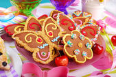Butterfly and flower shaped gingerbread  cookies — Stock Photo