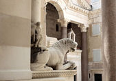 Lion on the Cathedral of Split, Diocletian palace, Croatia — Stock Photo