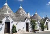 Trulli houses in unesco world heritage Alberobello — Stock Photo