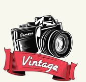 Retro camera with vignette — Stock Vector