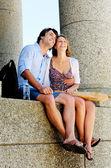 Junge touristen-paar — Stockfoto