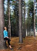 Rahatlatıcı fitness kadın — Stok fotoğraf