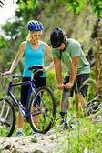 Problemas de bicicleta de montaña — Foto de Stock