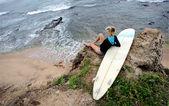 Surfista sentado — Foto de Stock