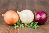 Yellow, withe and red onion — Stock Photo