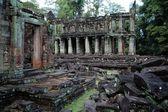 アンコール ワット、カンボジアで寺を台無しにします。 — ストック写真