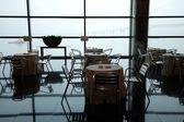 Tafels en stoelen — Stockfoto