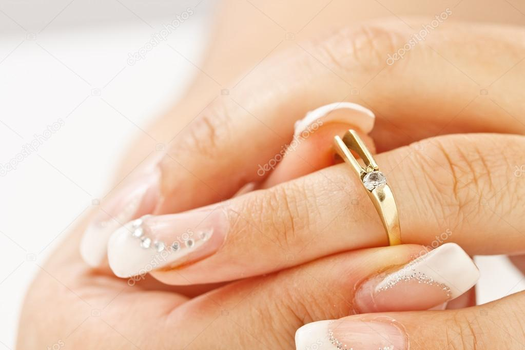 Woman tries on her beautiful ring — Stock Photo #12585712