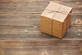 Paketlenmiş kutusu sarılmış — Stok fotoğraf