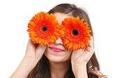 Vrouw met gerber ogen — Stockfoto