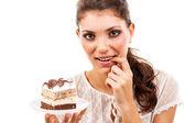 Vrouw met een taart — Stockfoto