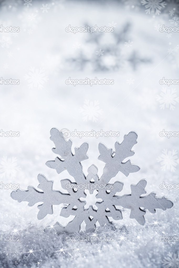 Snowflake decoration, winter holiday background — Stock Photo #16964039
