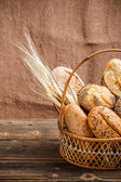 Basket with bread — 图库照片