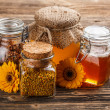 Honey — Stockfoto #19536865
