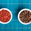 goji berries and allspice — Stock Photo