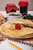 Fresh homemade pancakes — Stock Photo