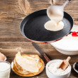 Making fresh crepes — Stock Photo