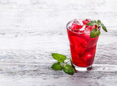 Fresh cold strawberry tea — Stock Photo