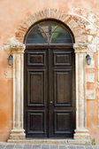 Church door in Chania — Stock Photo