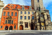 Historic buildings and the astronomical clock — Foto Stock