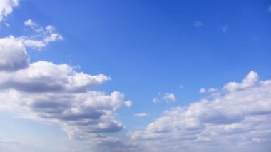 Clouds on blue sky timelapse — Stock Video