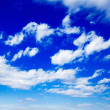 Beautiful white clouds in the blue sky — Stock Photo