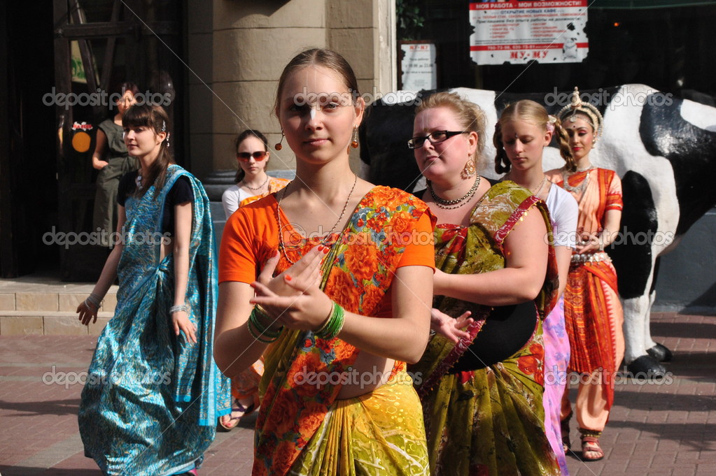 Feast of Krishna Consciousness in the Arbat — Stock Photo #12650758