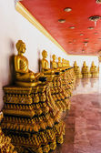 Thailand monastery of Wat Bang Riang, province of Phang Nga. The statues of Buddhist deities with the interior wall of the temple — Stock Photo
