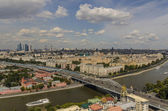 Top view of the streets and squares of Moscow from the top of a block of flats on the Sparrow Hills. Tourist panorama — Stock Photo
