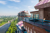 Large balcony on the roof of modern upmarket residential homes. Penthouse — Stock Photo