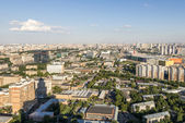 Residential areas in Moscow. Modern high-rise buildings and streets of the city — Stock Photo