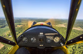 Aerial view of Missouri river from vintage aircraft cockpit — 图库照片