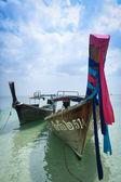 Longtail barcos railay beach krabi tailândia — Foto Stock