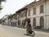 Jakarta Old town motorbike tarffic — Stock Photo
