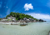 Tropical resort ko samui beach — Stock Photo