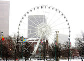 Huge ferris wheel at Centennial Olympic Park in Atlanta Georgi — Stock Photo