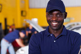 African male auto mechanic — Stock Photo
