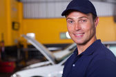 Trustworthy auto mechanic — Стоковое фото