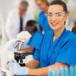 Female lab technician in laboratory — Stock Photo