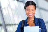 Estudiante de la universidad femenina afroamericana — Foto de Stock