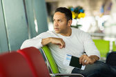 Thoughtful male traveller — Stock Photo