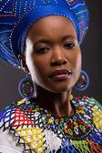 Kobieta zulu — Zdjęcie stockowe